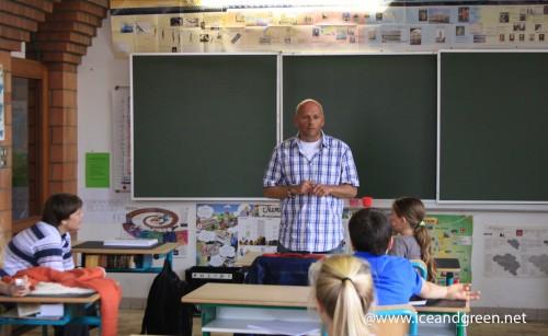 L'école d'Hamme-Mille - présentation de l'Arctique et de l'ours polaire par Patrick Reader