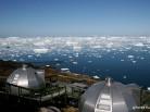 Vue plongeante de l'hôtel Arctic Hotel d'Ilulissat sur la Baie de DiskoLOW