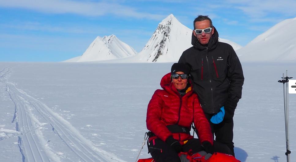 Michel Drouet, Gisèle Lafond, non-voyant, ski, ski nordique, svalbard, arctic05, sports et handicap, aveugle, ours polaire, spitzbergen, blind people, aventure polaire, video polaire, bravo, froid et glaces
