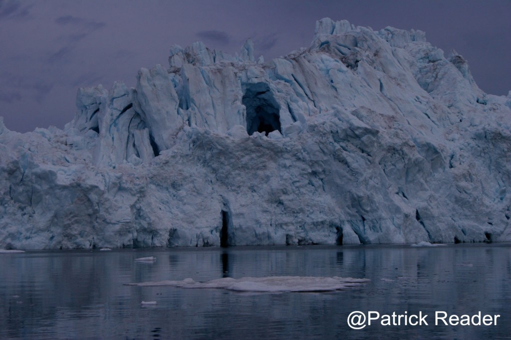 ours, arctic bear, poisson d'avril, patrick-reader-photography-arctic05-icerberg-greenland-belgique, bretagne, titanic