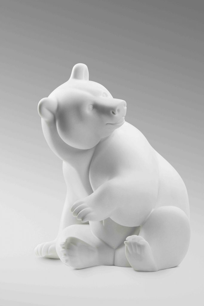 Polar Bear-Brafa-Carrara-marble-Michel-Bassompière-Paris-1948-Philippe-Heim-Art-sculpture-Arctic05-BRAFA-Art-Fair-Belgium-François-Pompom-Award-2017-King of the Arctic